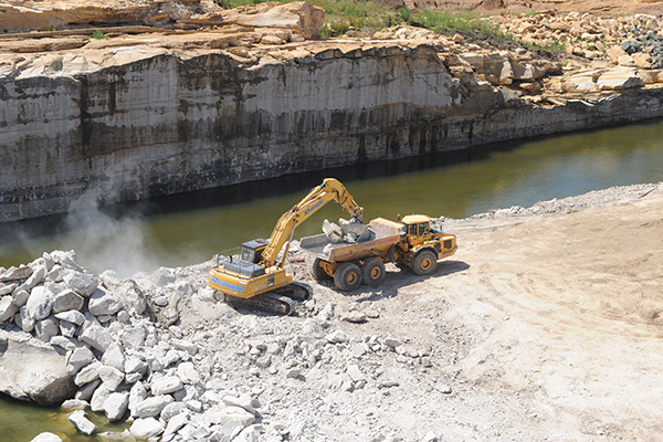Wivenhoe Dam Spillway Clearing